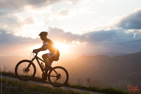 ركوب الدراجة في المنام