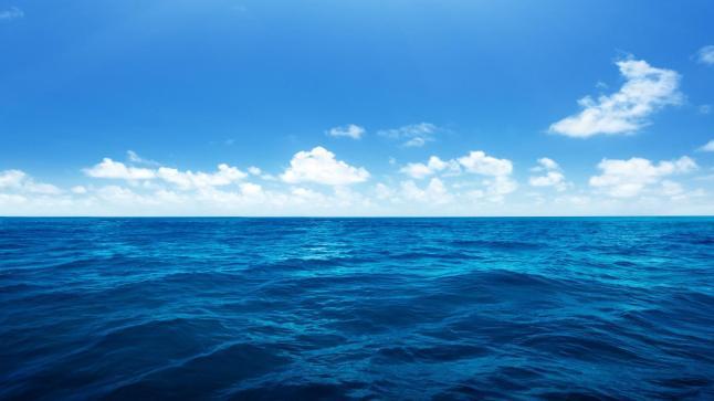 تفسير رؤية نزول البحر في المنام